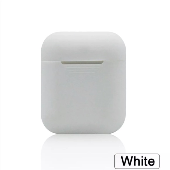 Forever 21 Accessories - EarPods case cover